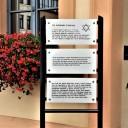 Gedenktafeln vor dem Rathaus in Reichenbach/Vogtland, August 2019. Foto: Gedenkstätte Buchenwald