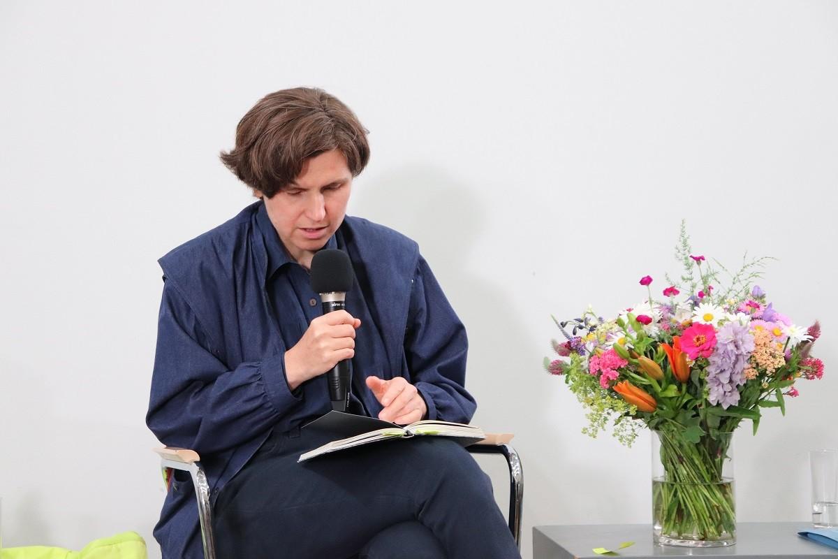 Judith Schalansky in der Lesung. Foto: Kathrin Schwarz
